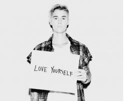 Justin-Bieber-Love-Yourself-250x202
